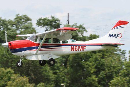 Avions MAF C206
