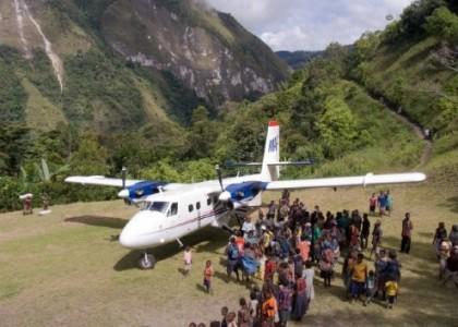 avion piste isolée