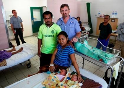 Accompagner La Naissance De Jumeaux Au Timor Leste