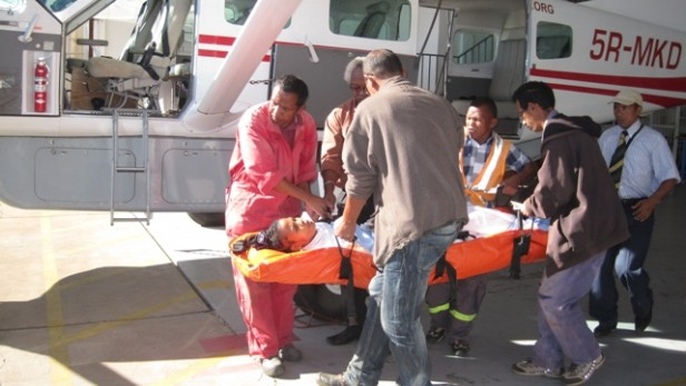 avion humanitaire voler pour sauver des vies