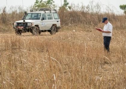Ouganda Exploring The Adjumani Airstrip 02