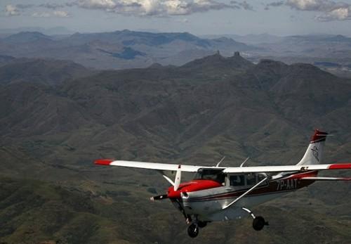 Avion Humanitaire Raccourcir La Distance