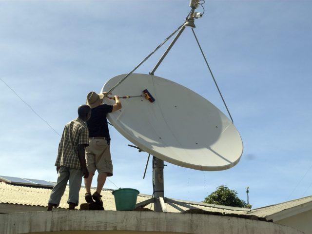 avion humanitaire voler pour la communication