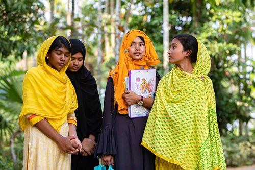 Donner Accès à L'éducation Au Bangladesh