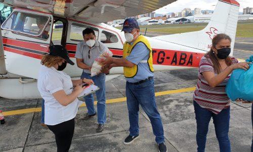 Au Lendemain De La Catastrophe Causée Par L'ouragan Eta Au Guatemala
